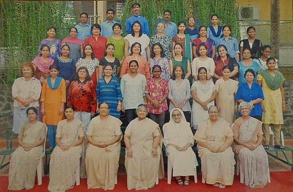 Primary Staff & Sisters